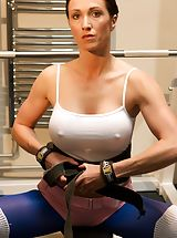 Hot Busty, Gracious UK Dame and Horny Slut You can not beat a good a good work out with the weights and a nice stretch to get you in the mood for a good fuck