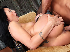 Busty Mature, Zoey Holloway & Bill Bailey in Fucking Hot Moms
