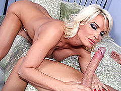 Bouncing Boobs, Brazzers Free Foxxx Trap