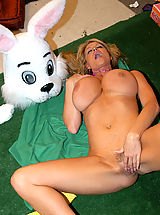 nice, Kelly and her girlfriends fuck a big bunny cock for Easter!