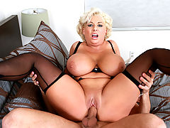 Claudia Marie & Mr. Pete in Fucking Hot Moms