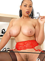 Busty Galleries, Stunning ebony big tits mistress