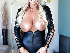 Hard Nipples, Cat Woman Gets Fucked Kitty Style And Swallows Huge Load