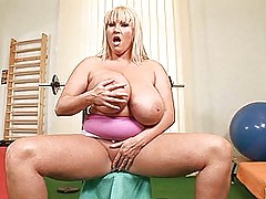 Babes Vids: Busty superstar Laura M. having sexy masturbation fun in the gym