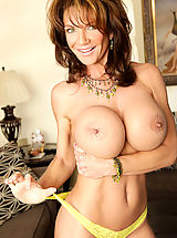 Bouncing Boobs, Horny Cougar Deauxma gives the furniture guy a tip; A steamy blow job, fuck and anal sex!