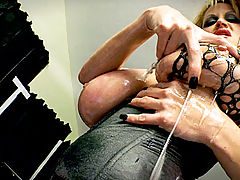Big.Cocks Vids: Asphyxia gets her pussy pounded by Kelly's strap on and Ryan's rod