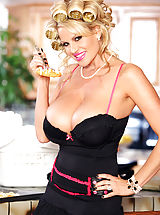 Kelly Madison, Leave it to Kelly to be the best wife ever. She cleans, cooks and sucks dick better than anyone.