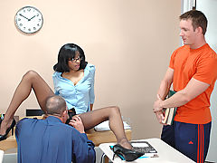 Bigtits Officesex, Carmen Hayes & Justin Syder as Sexy Teacher